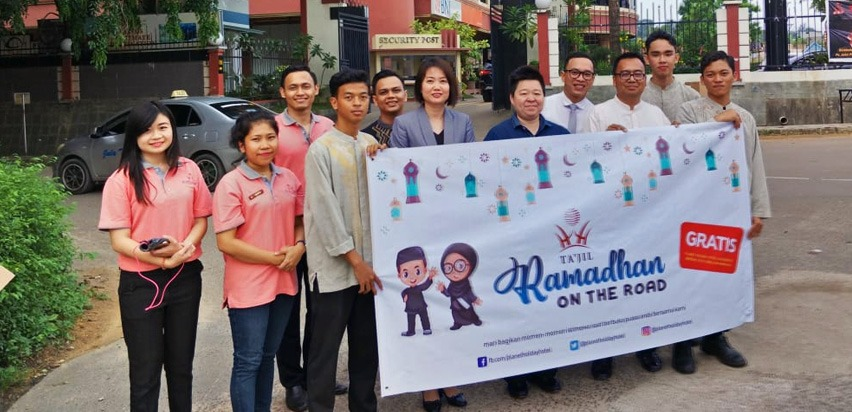 Ta'jil Ramadhan On the Road Planet Hotel Holiday Batam, Senin (21/5/2018.(ist)